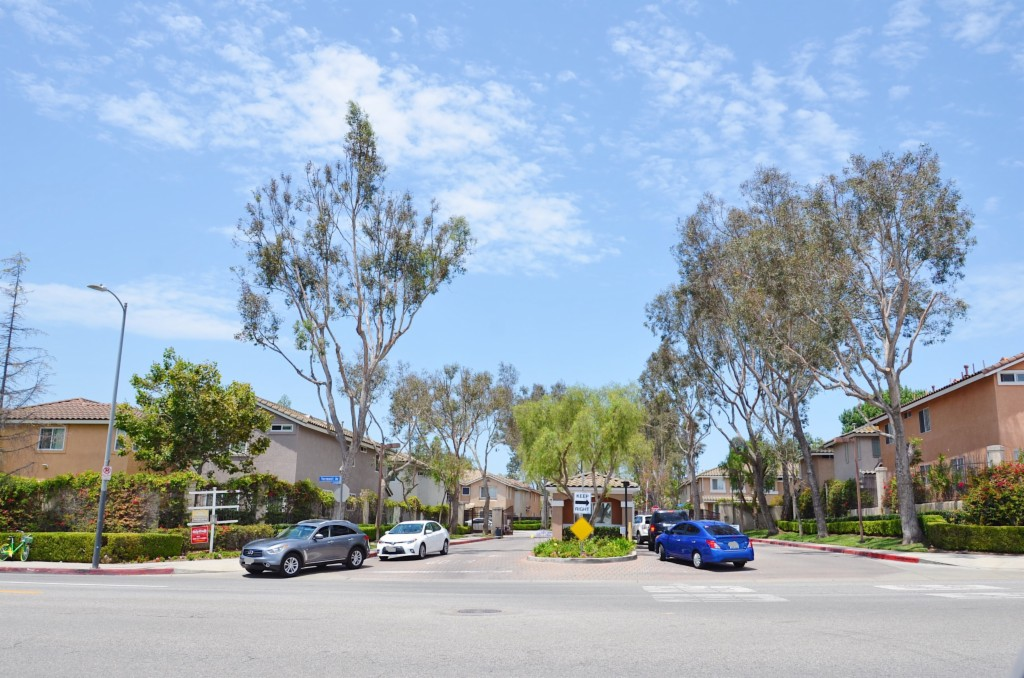 1041 Harbor Heights Dr A Harbor City, CA 90710