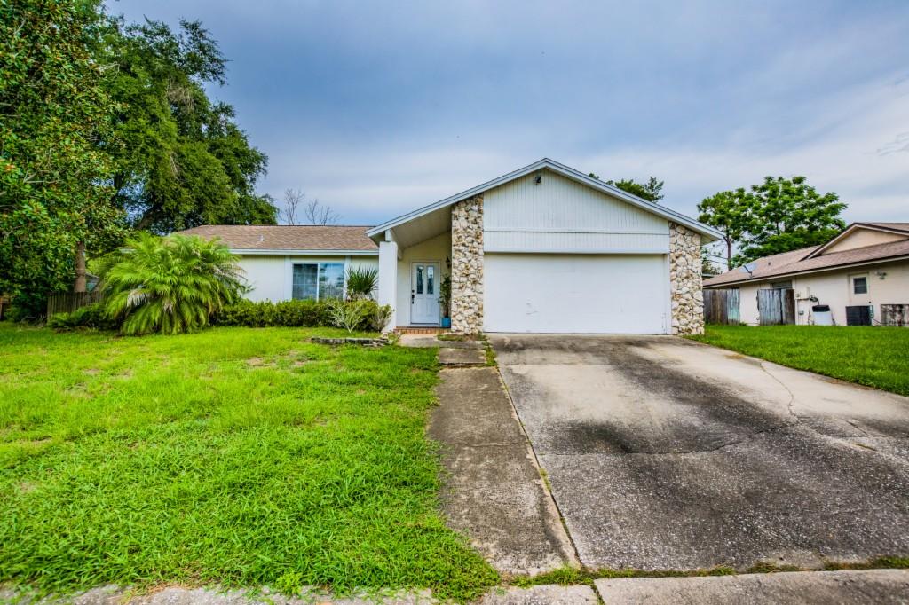 3177 Foxwood Drive Apopka, FL 32703