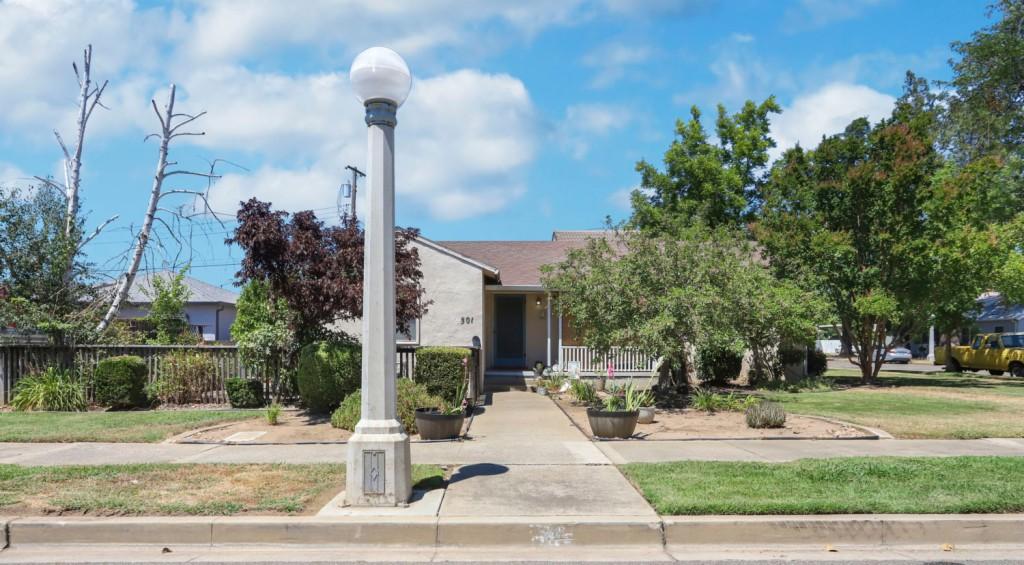 501 Falls Avenue Lodi, CA 95240