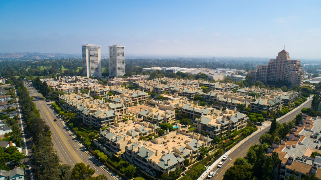 Golf Course property for sale at 2274 Century Hl, Century City California 90067