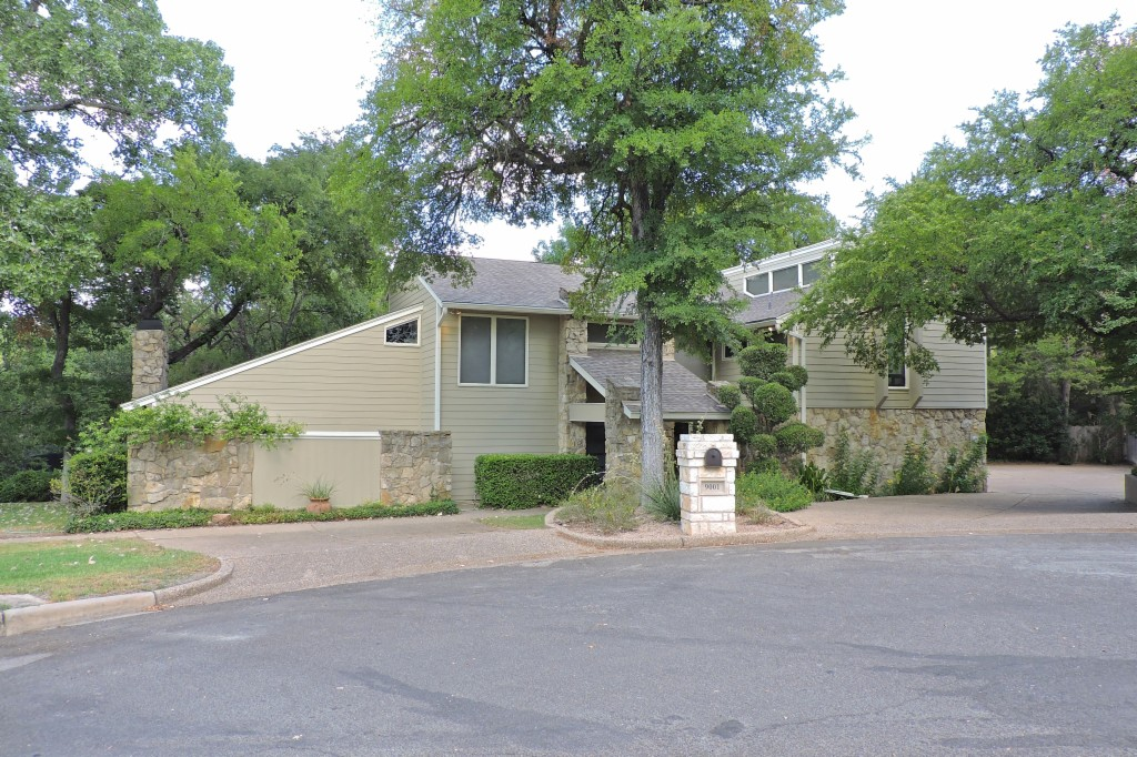 9001 Cherry Creek Place Woodway, TX 76712