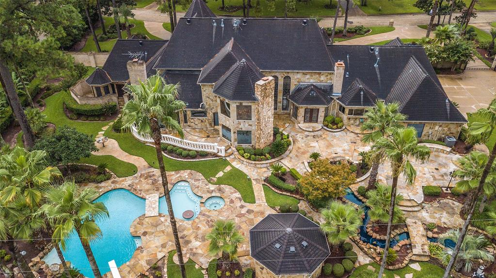 16214 Chasemore Drive, Spring, Texas