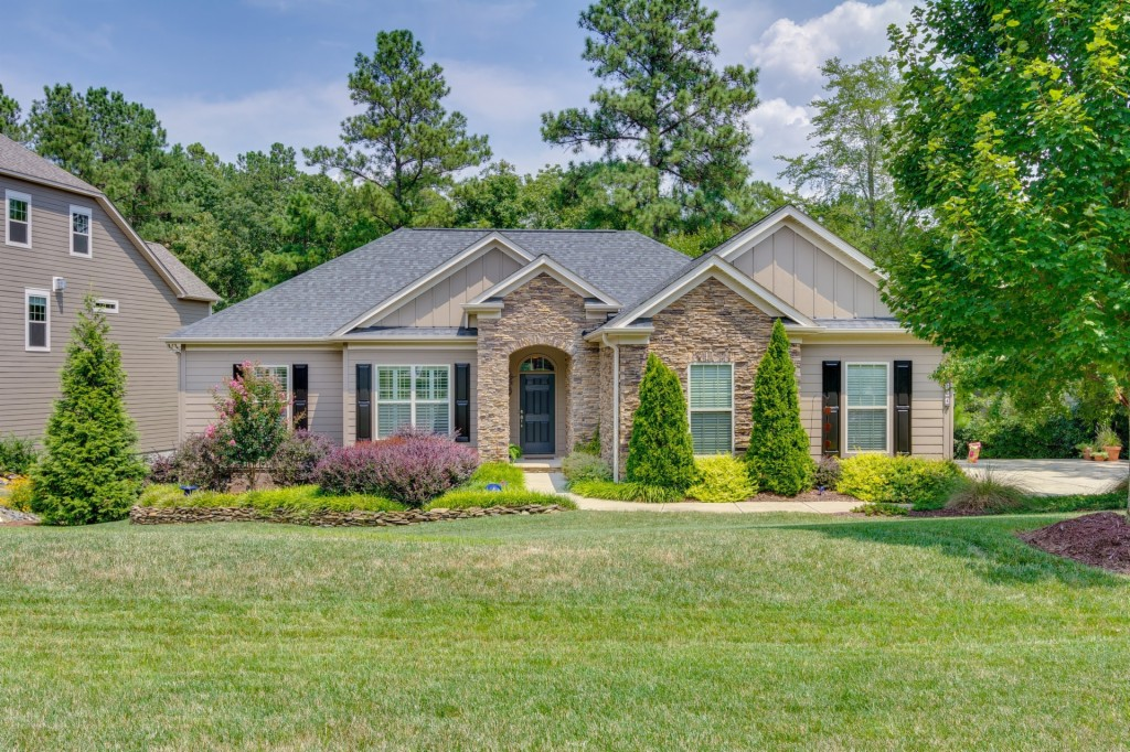 264 Ridge Reserve Dr, Lake Wylie South in York County, SC 29710 Home for Sale