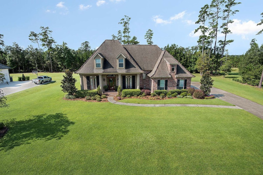 413 S FAIRWAY DRIVE, one of homes for sale in Abita Springs