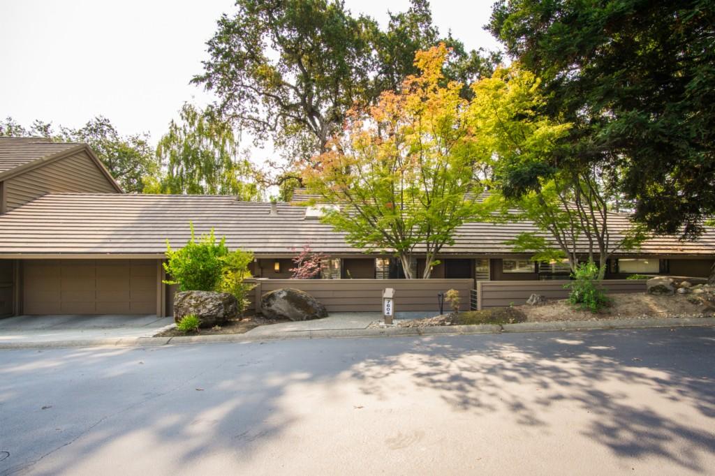 7604 Pineridge Ln Fair Oaks, CA 95628