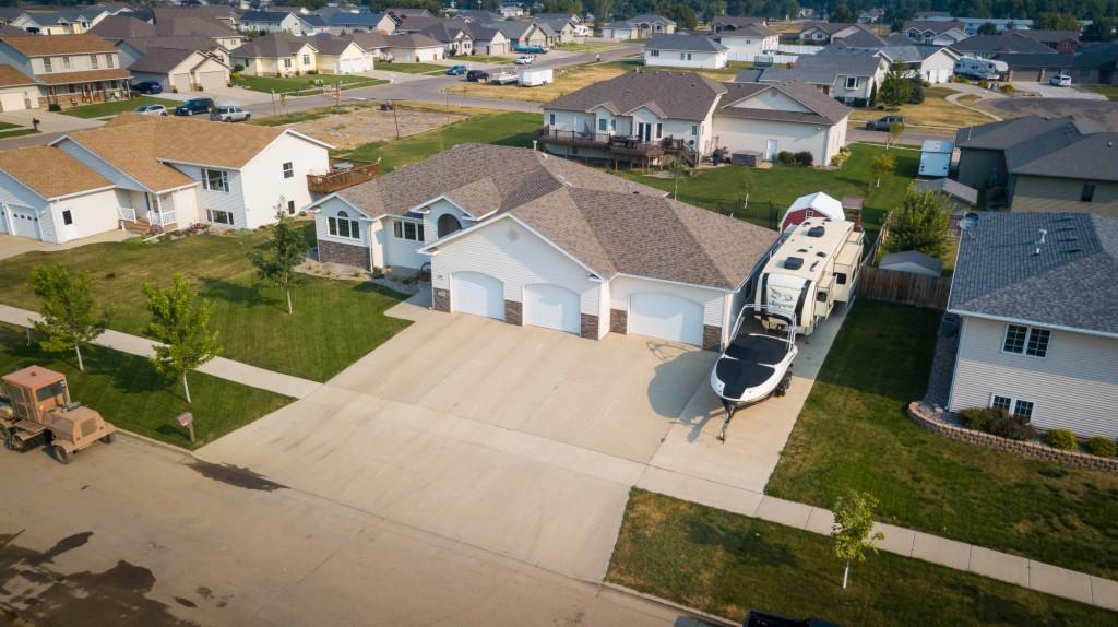 2320 7th Ave. SW, Minot, North Dakota