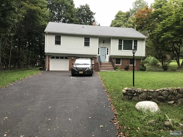 One of Mahwah 4 Bedroom Homes for Sale at 137 Lawrence Road
