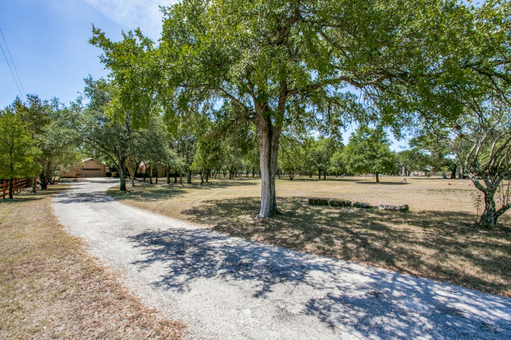 4705 Knollwood Circle, Round Rock in Williamson County, TX 78681 Home for Sale