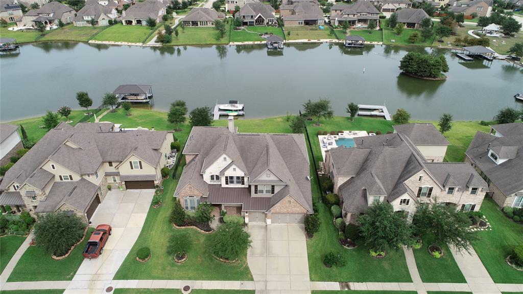 9526 W Pedernales River Drive, Cypress, Texas