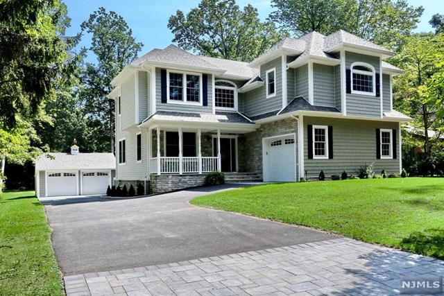 632 Lawlins Road, one of homes for sale in Wyckoff