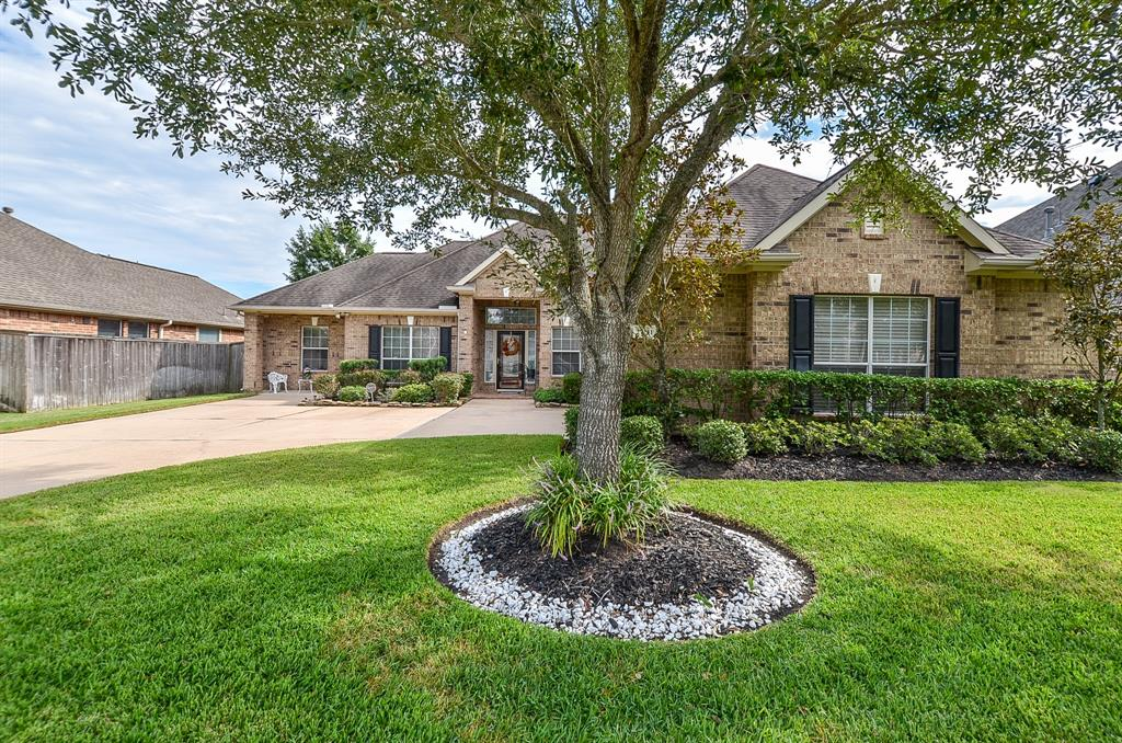 27211 Saxon Meadow Lane, Cypress, Texas