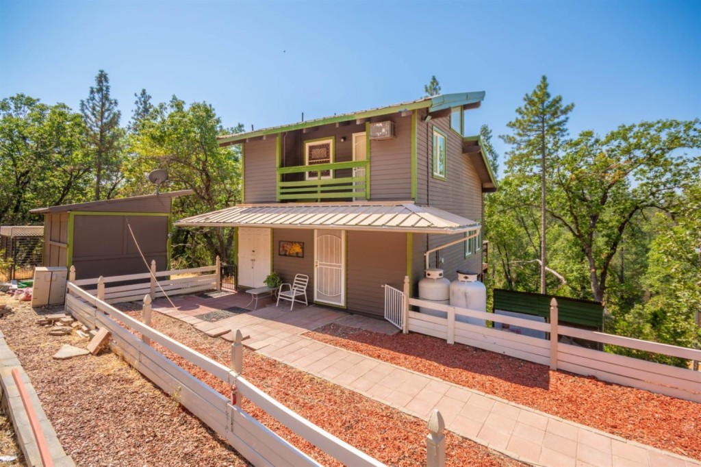 5530 Saw Mill Rd Placerville, CA 95667