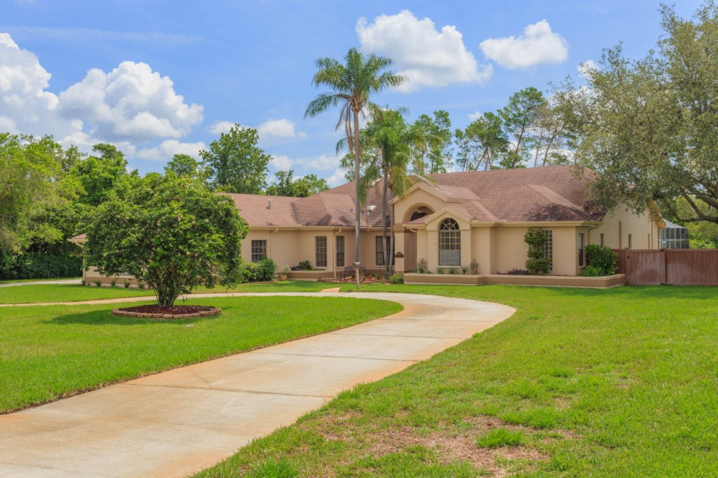8906 Skymaster Dr, New Port Richey, Florida