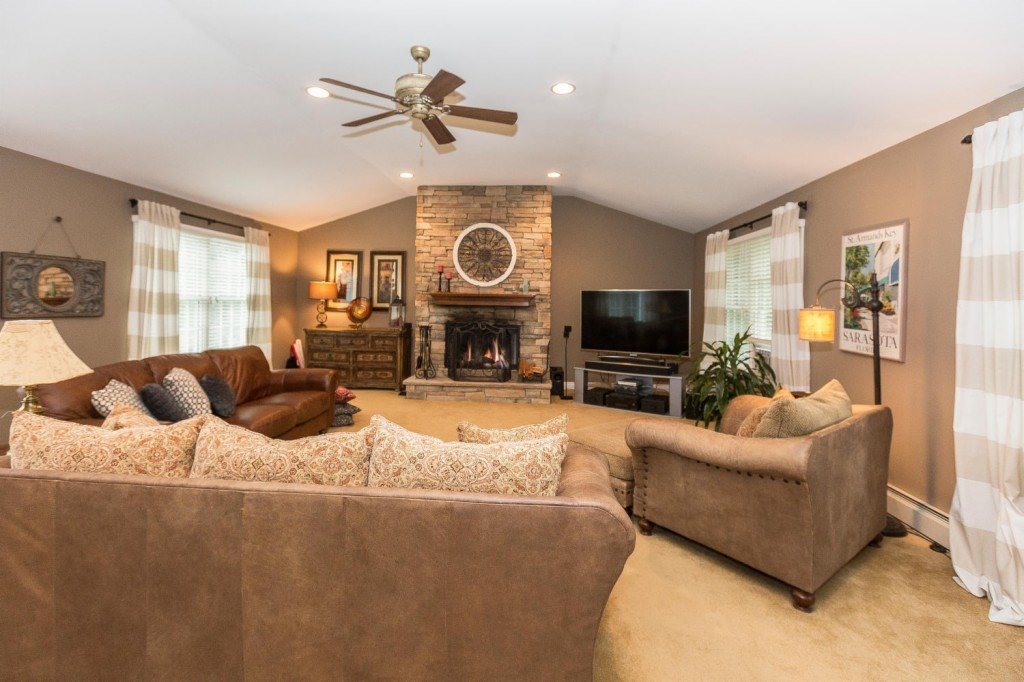 4 Column Ct, Ramsey in Bergen County, NJ 07446 Home for Sale