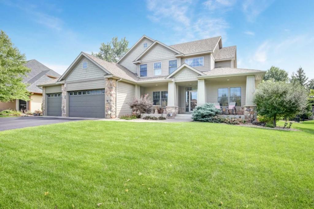 8435 Kelzer Pond Drive Victoria, MN 55386