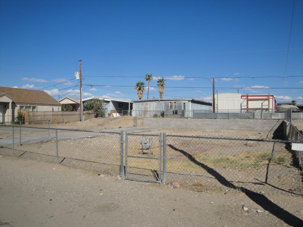 1888 Monterey Dr Bullhead City, AZ 86442