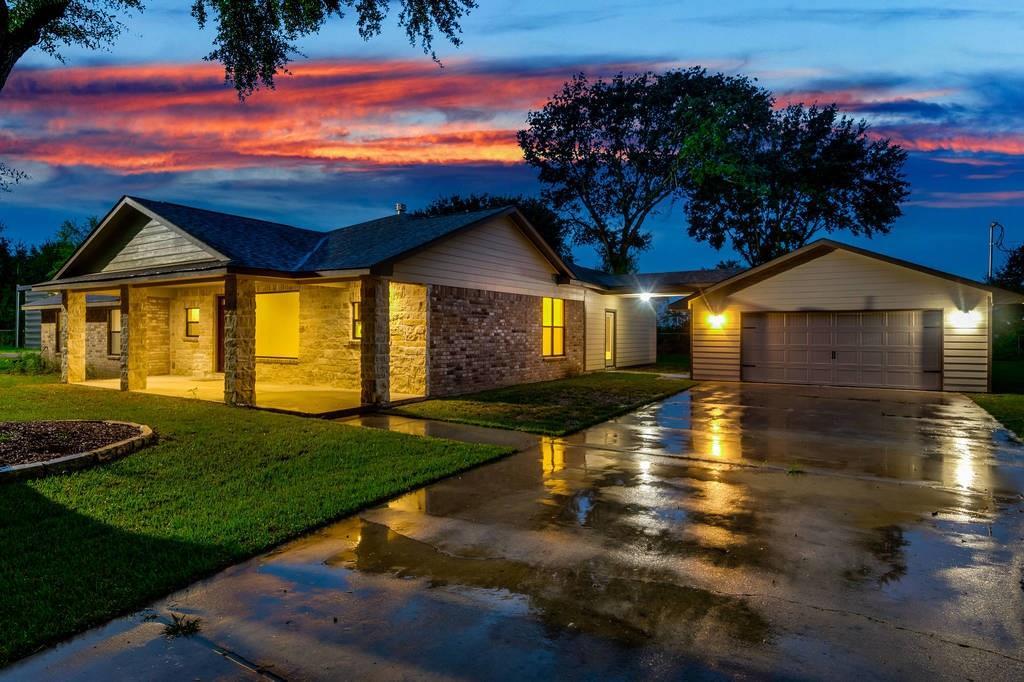 4819 Katy Hockley Road, Katy, Texas