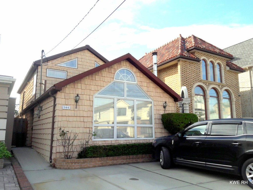 166 Norfolk St, Brooklyn-Sheepshead Bay, New York