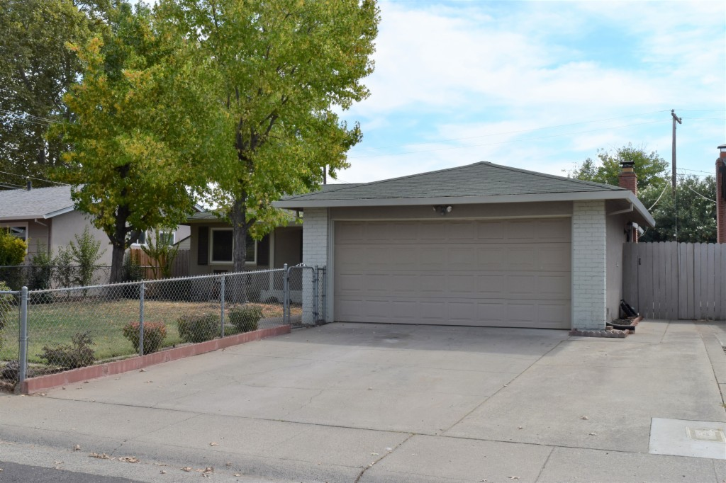 10748 Carlos Way Rancho Cordova, CA 95670