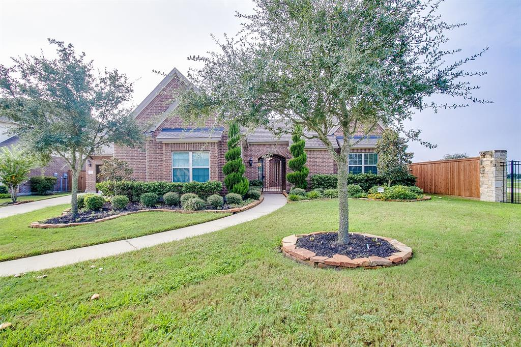 17923 Lake Nocona Court, Cypress, Texas