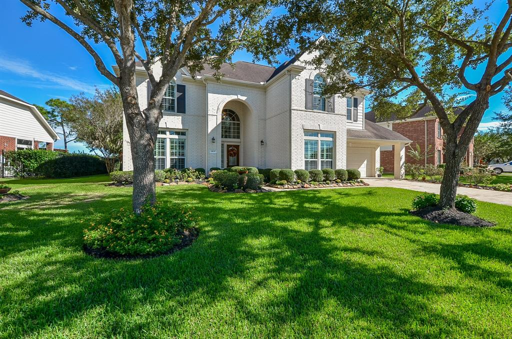 1819 Blue Water Bay Drive, Katy in Fort Bend County, TX 77494 Home for Sale