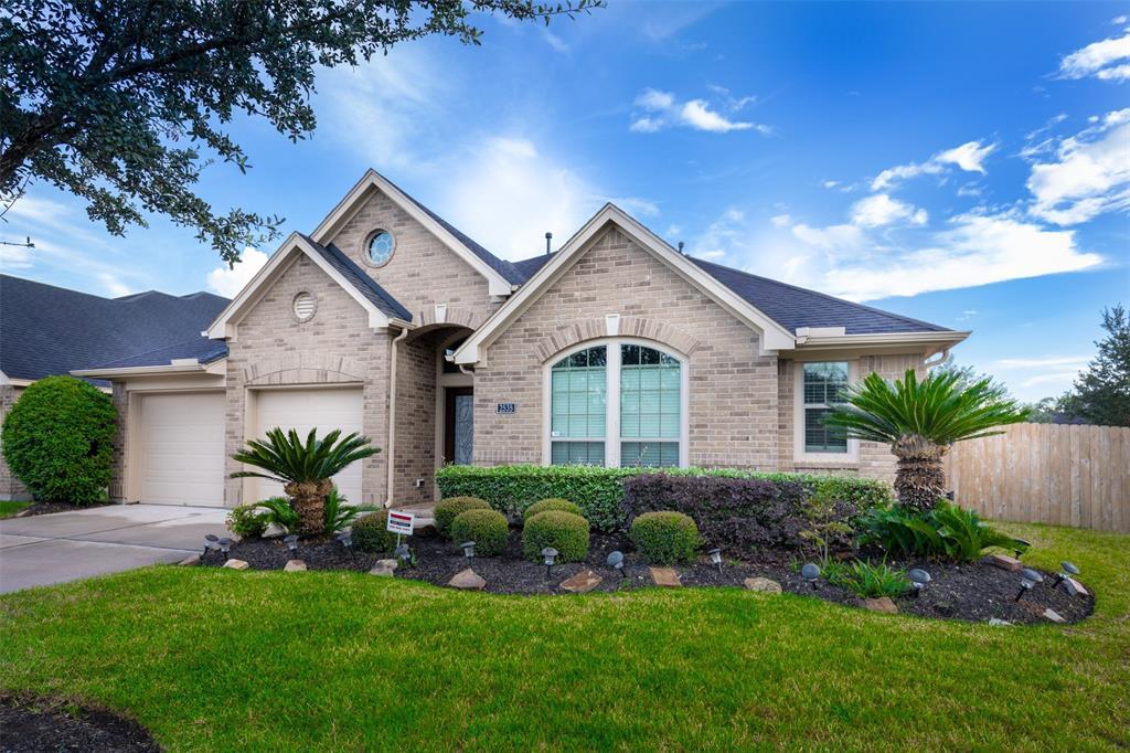 2535 Pioneer Oaks Drive Fresno, TX 77545