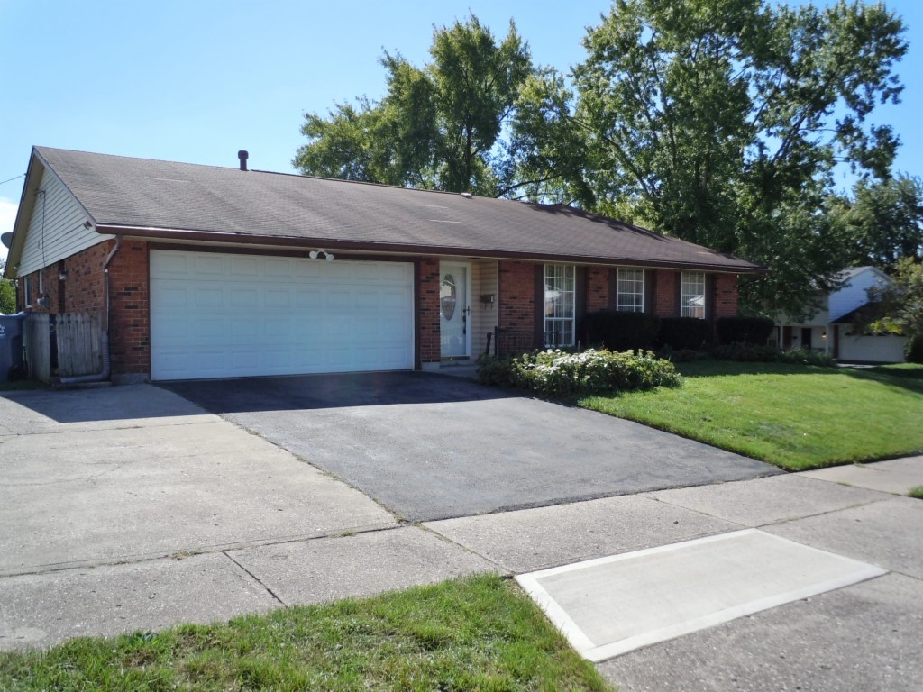 7281 Claybeck Dr Huber Heights, OH 45424