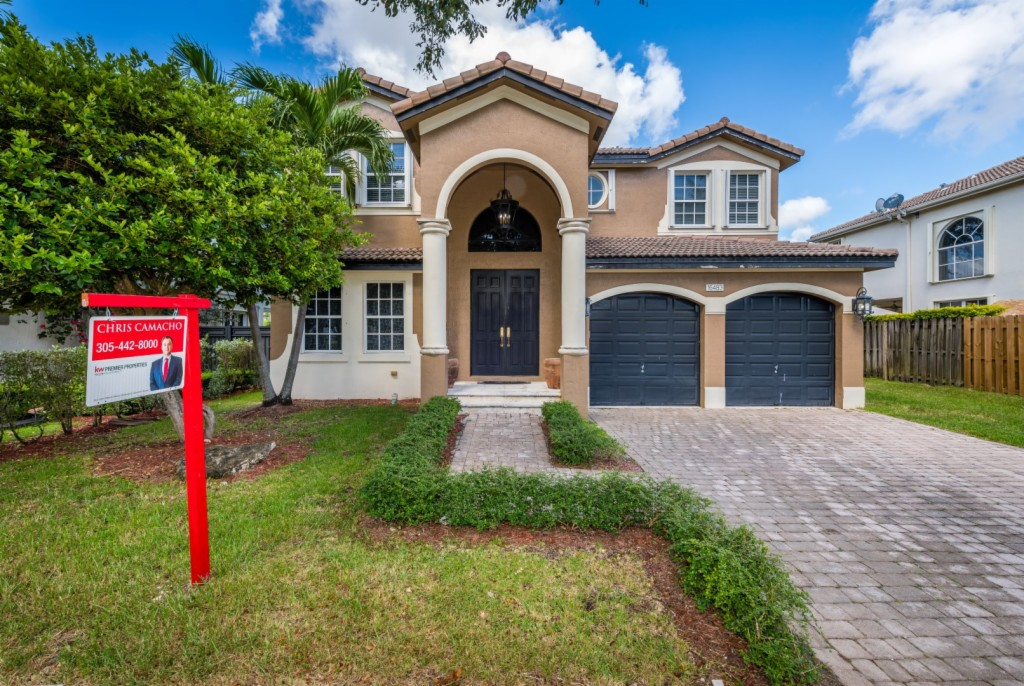 16483 SW 59 TER, Kendall West, Florida