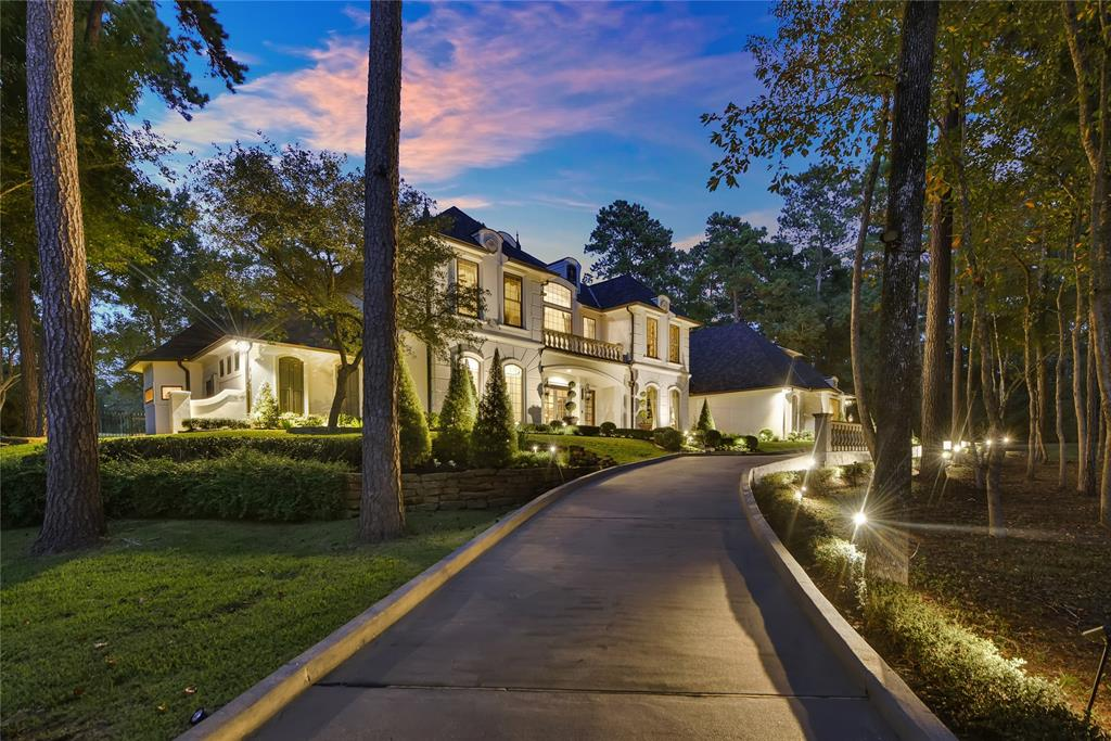 10289 Paradise Valley, one of homes for sale in Conroe