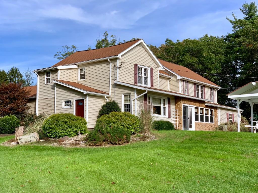 506 Noonan Drive Altoona, PA 16601