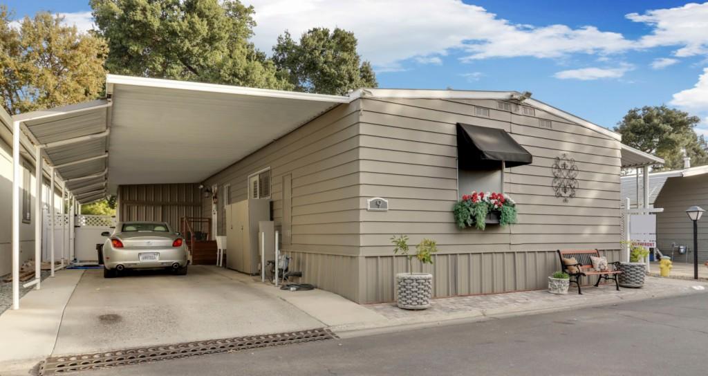 9 Rio Vista Dr, Lodi in San Joaquin County, CA 95240 Home for Sale