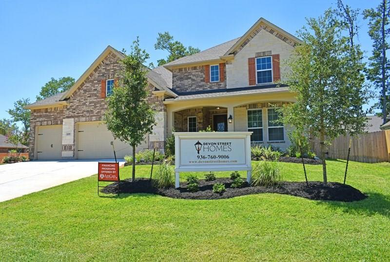 2018 Brookmont Drive, Conroe, Texas