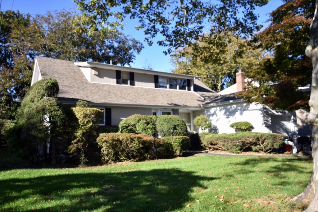 141 Claudy Lane New Hyde Park, NY 11040