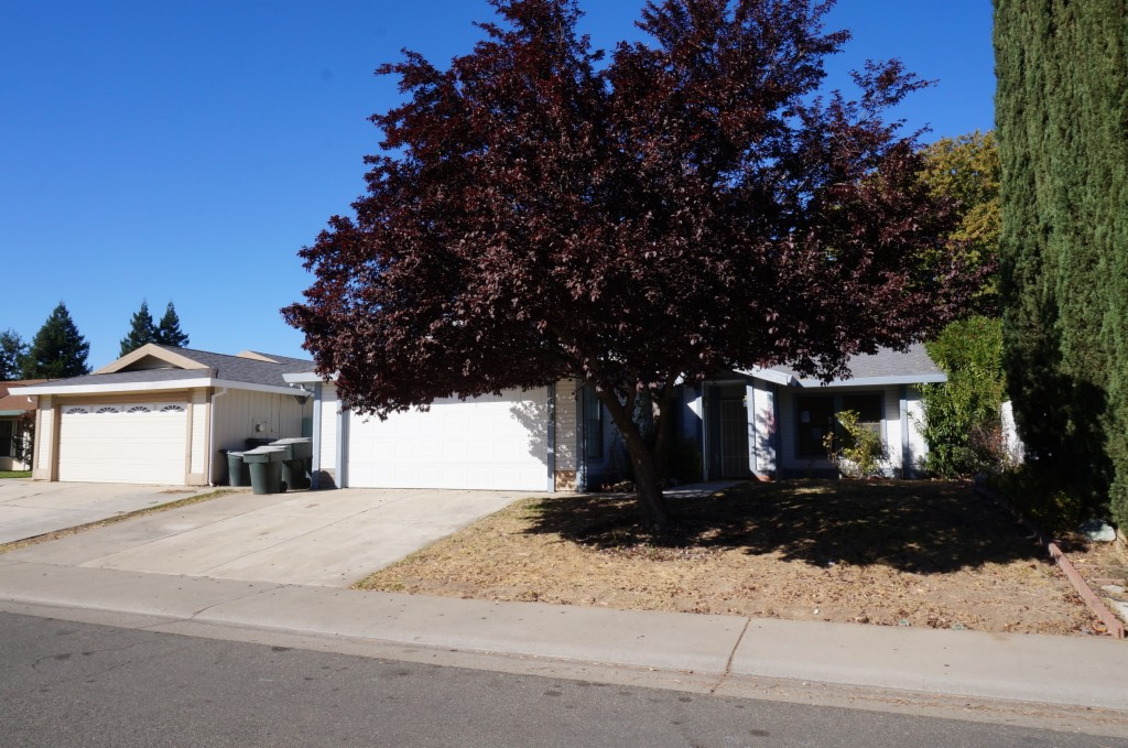 4537 Fox Valley Circle North Highlands, CA 95660