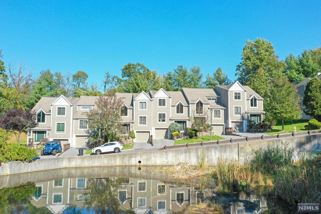 43 Mill Pond Road Woodland Park, NJ 07424
