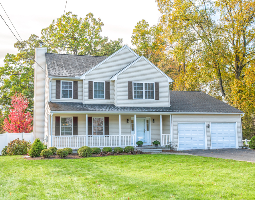 559 Thompsonville Road Suffield, CT 06078