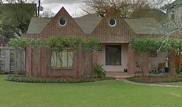 3817 Aberdeen Way, one of homes for sale in Bellaire