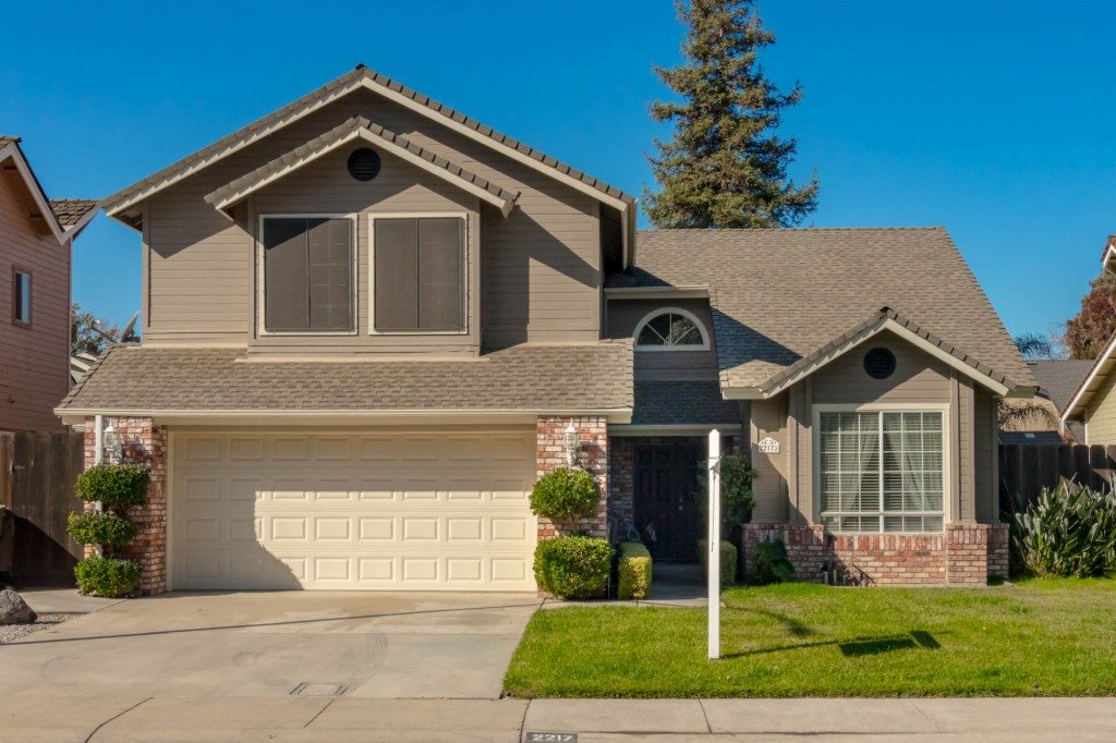 2217 Grouse Crossing Way Modesto, CA 95355