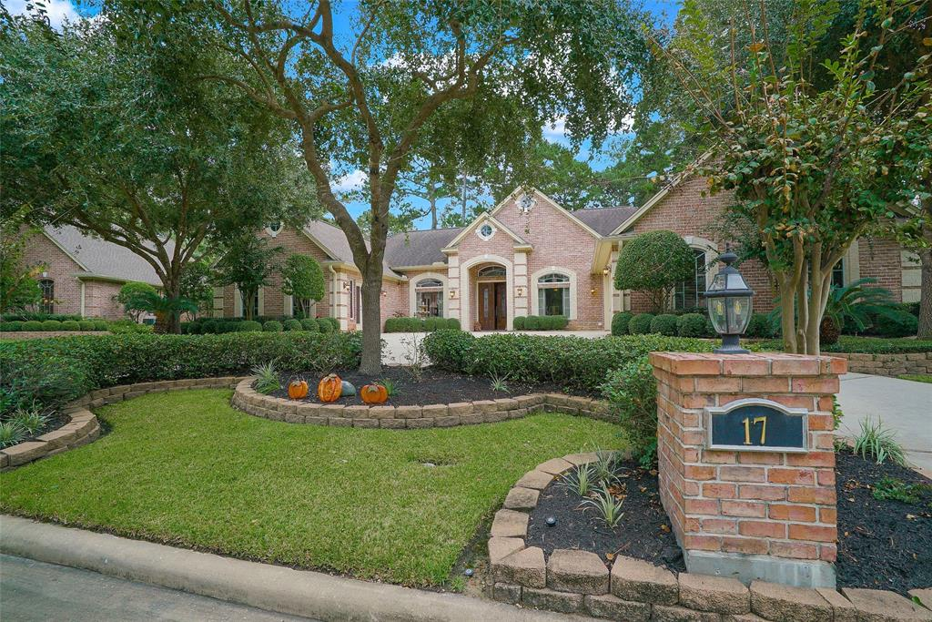 17 Highwood Road, Montgomery in Montgomery County, TX 77356 Home for Sale