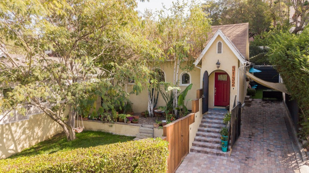 3132 Barbara Ct, Hollywood Hills in Los Angeles County, CA 90068 Home for Sale