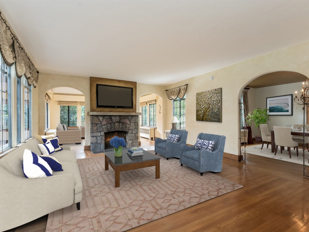 460 Knollwood Road, one of homes for sale in Paramus