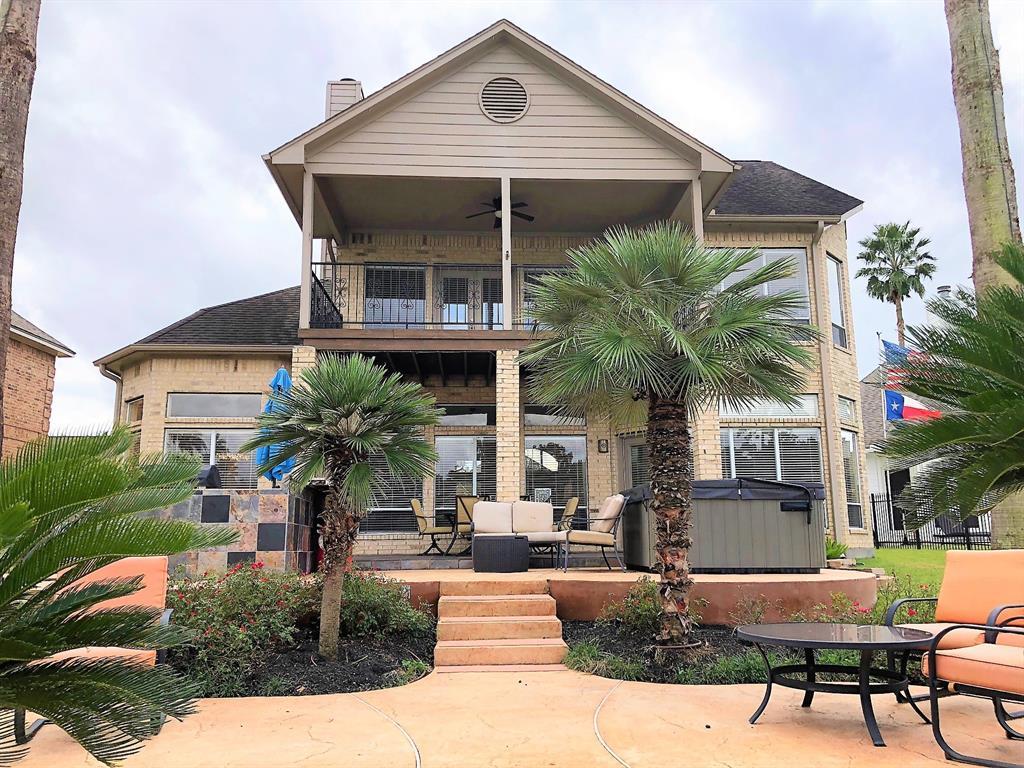 348 Bayshore Drive Drive, Montgomery, Texas
