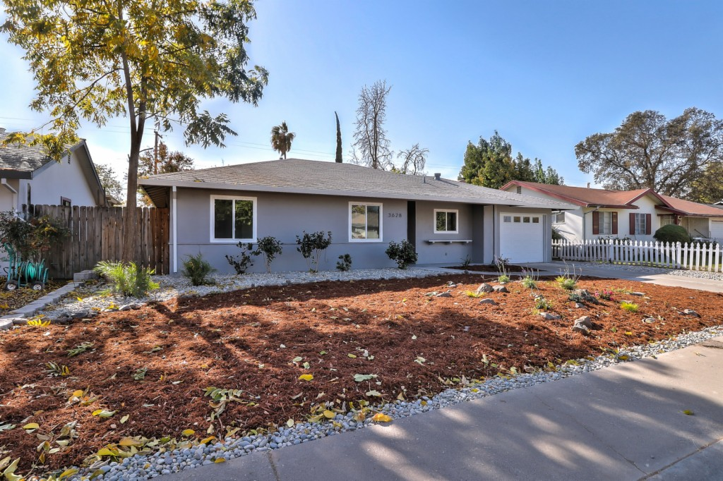 3628 Turner North Highlands, CA 95660