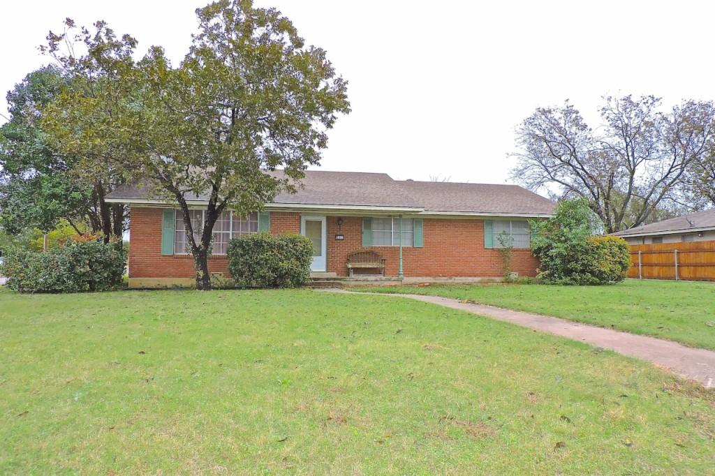 1039 Bosque Street Meridian, TX 76665