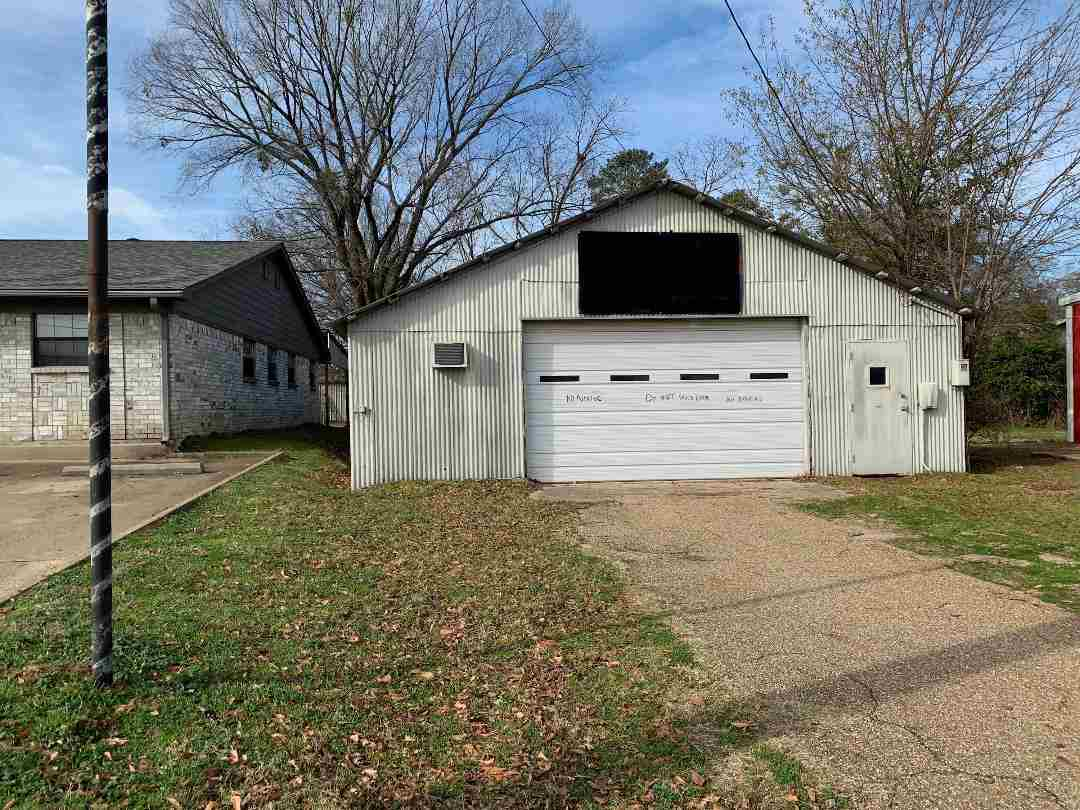 primary photo for 406 Titus, Gilmer, TX 75644, US