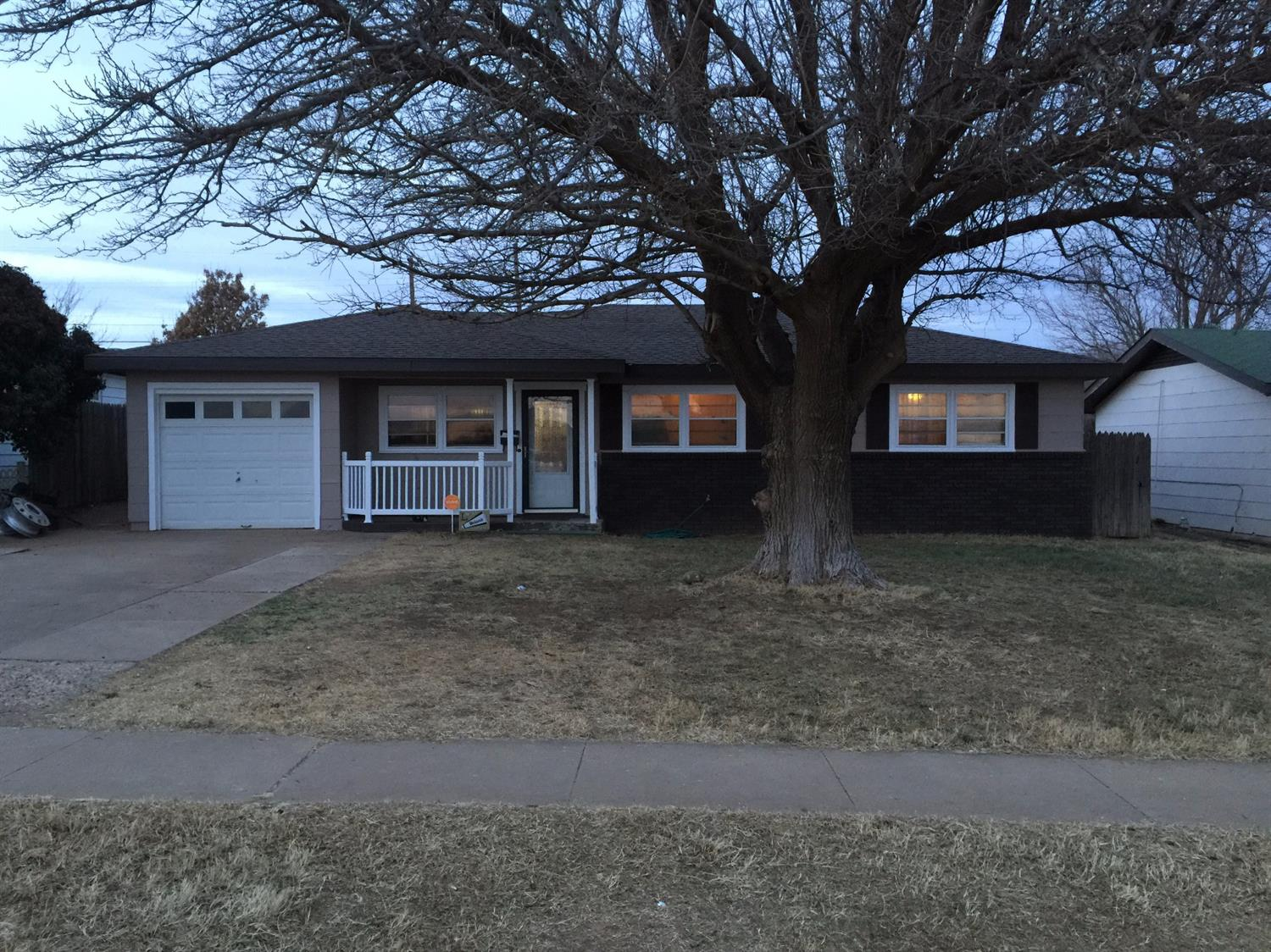 Photo of 2318 40th Street  Lubbock  TX