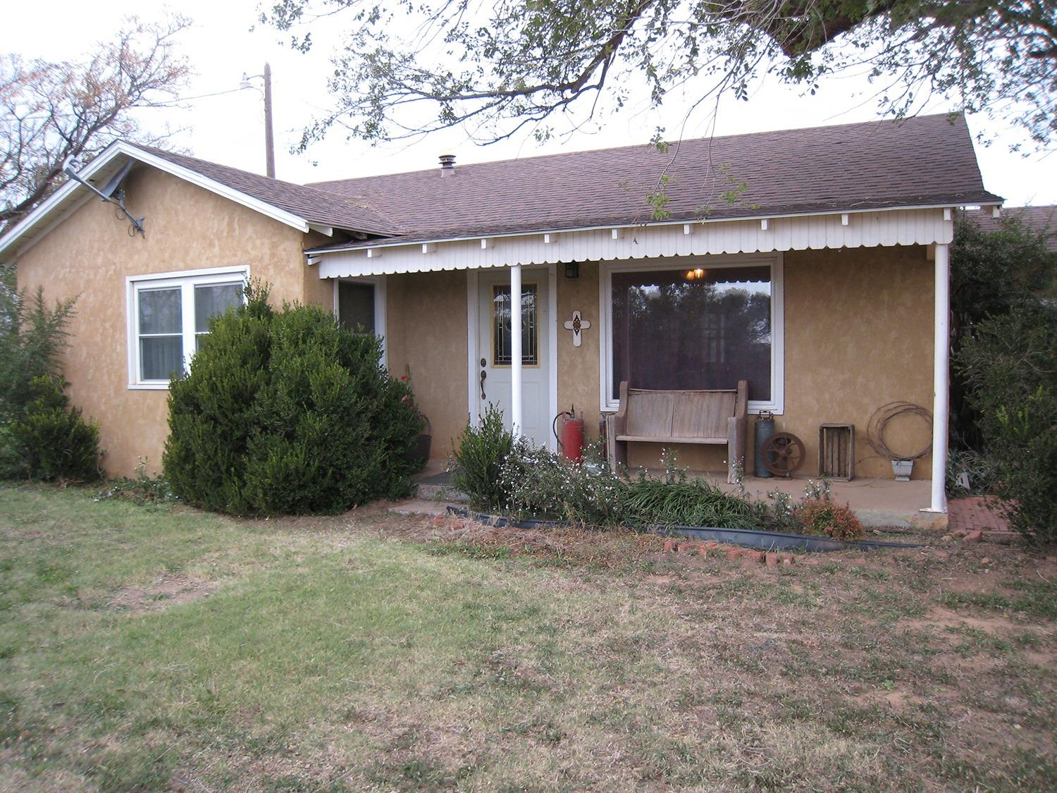 Photo of 202 North County Road 3200  Lubbock  TX