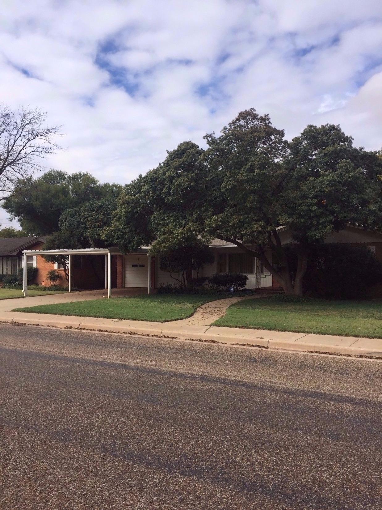 304 N 15th St, Lamesa, TX 79331