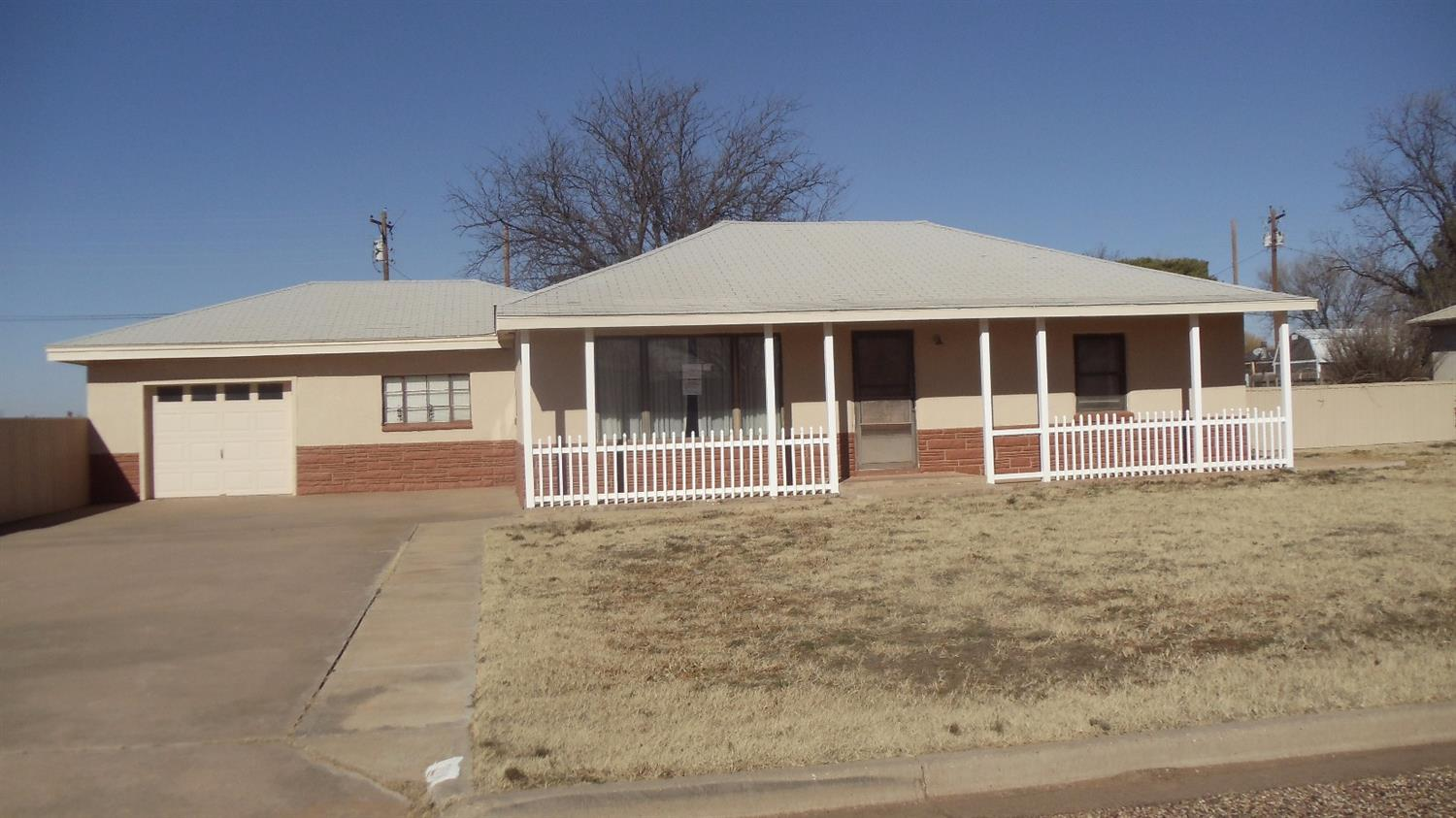 Photo of 208 West 4th Street  Sundown  TX