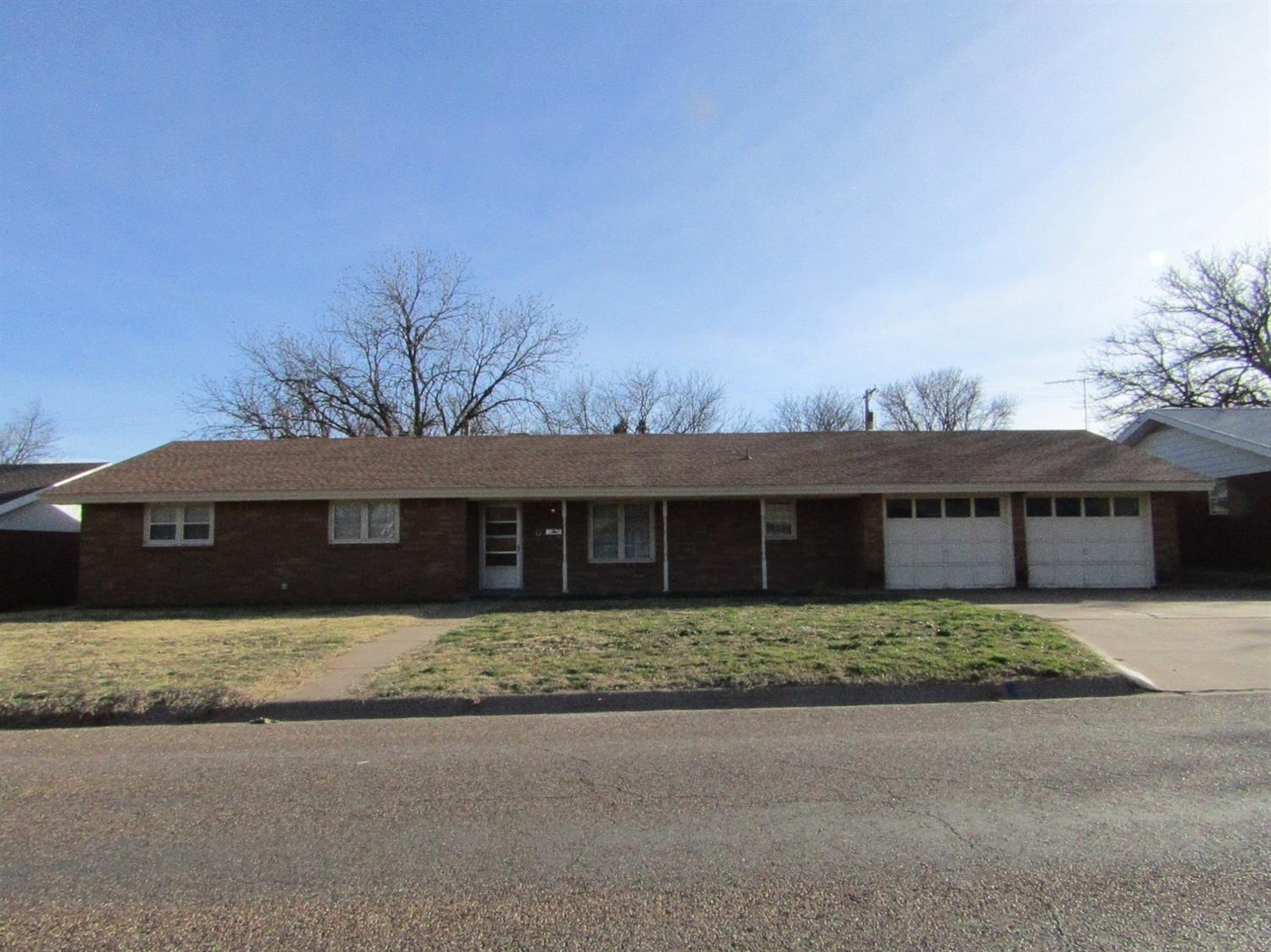 Photo of 104 East 20th  Littlefield  TX